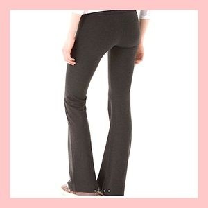 🆕 SOLOW XS Foxy Flare Pant / Heather Charcoal